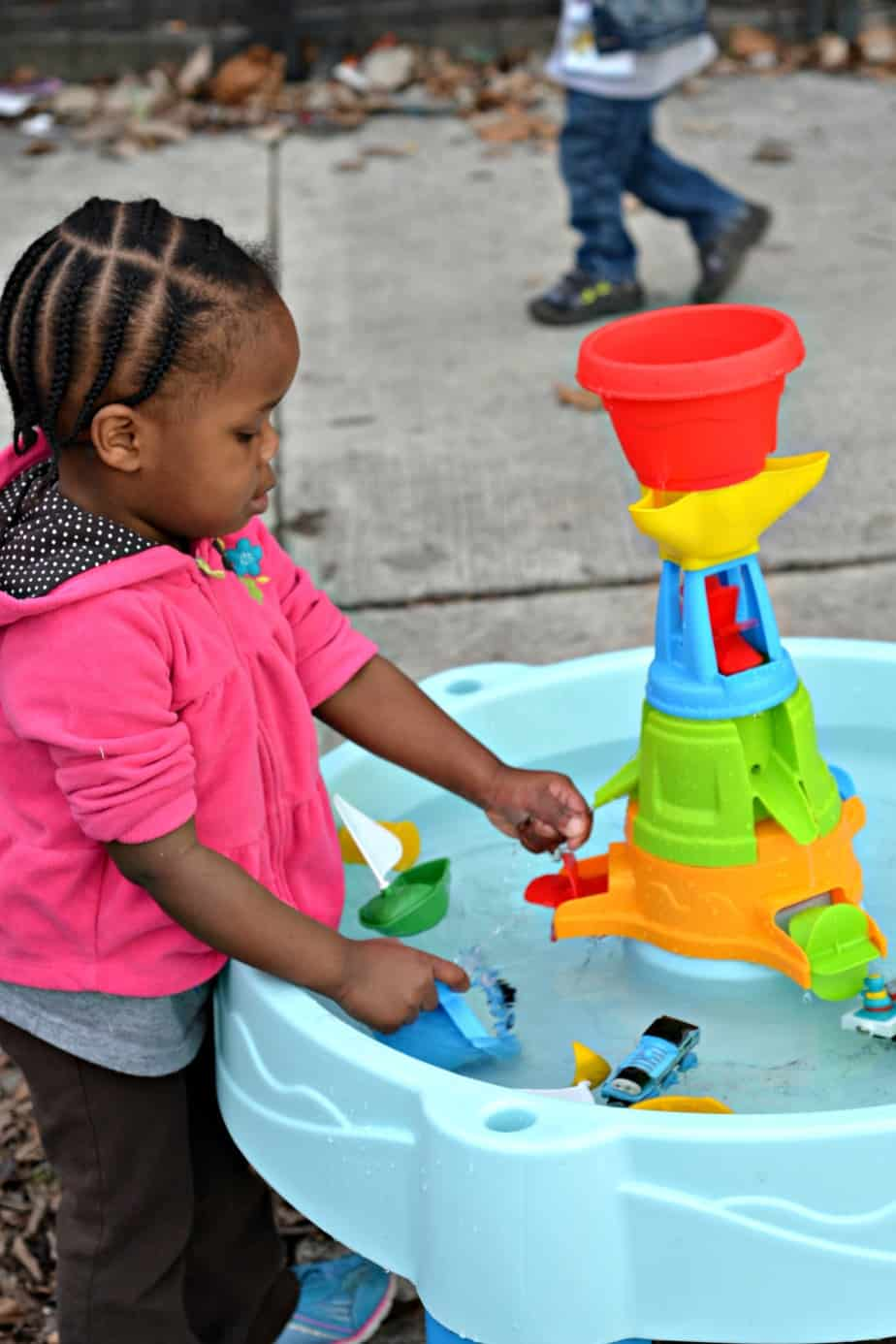 step2 water works water table review providing splashes and education rh housefulofnicholes com